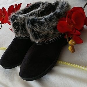 Goldtoe womens slippers booties furry memory S 6-7
